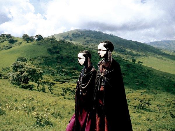 इस गांव की औरतें अापस में ही कर लेती हैं शादी, क्या शारीरिक संबंध भी बनाती हैं?