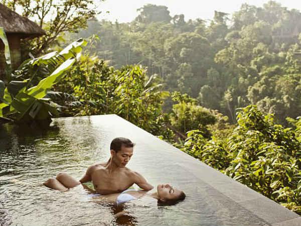 'बाली बॉयफ्रेंड' मेल एस्कॉर्ट ने बताया कि आखिर महिलाएं, आदमी में क्या ढूंढती है?