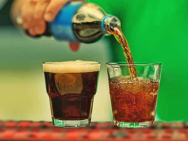 गर्भावस्था में डाइट पेय का सेवन करने से बच्चे में मोटापे का खतरा बढ़ जाता है