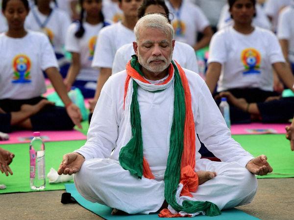 Most Read : नरेंद्र मोदी ने Tweet करके बताएं त्रिकोणासन व उष्ट्रासन के फायदों के बारे में