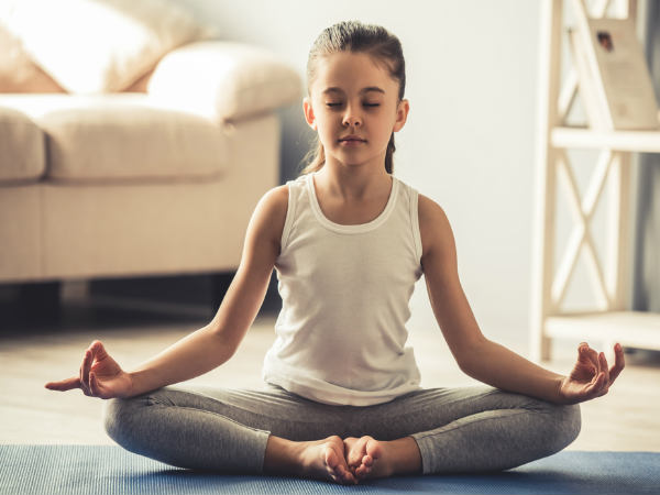 What Is The Right Age To Start Yoga? Asanas For Beginners