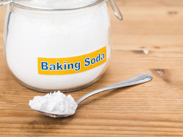 Why You Should Have Baking Soda On An Empty Stomach