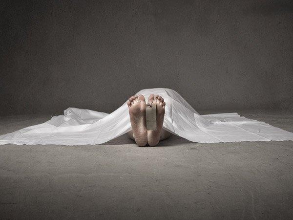 क्या ज्यादा खाने और पानी पीने से हो सकती है मौत?