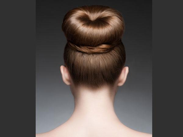 इन टिप्स से आप अपने बालों को टूटने से बचा सकते हैं