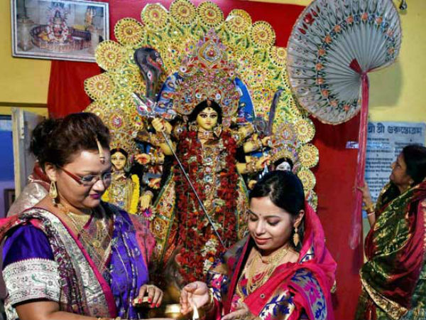 Health Benefits Of Visiting Pandals During Durga Puja