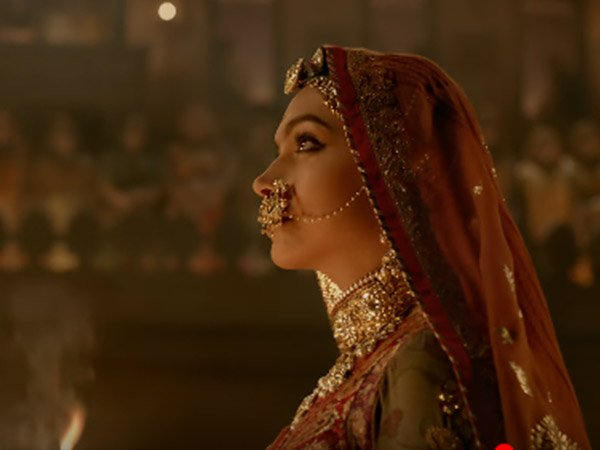 deepika's look from padmavati ghoomar song