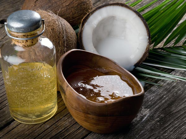 1. नारियल का तेल: