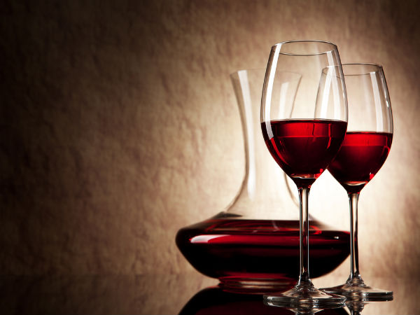 A glass of red wine a week can boost female fertility