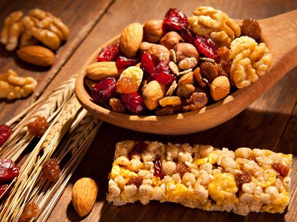 इन 10 हेल्दी चीजों को खाना भी है शरीर के लिए नुकसानदायक