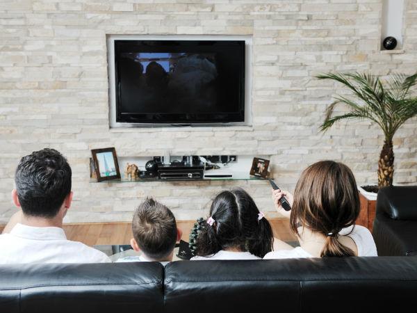 टीवी और कंप्यूटर है आपके मोटापे का कारण, ज्यादा देर देखने से होती है ये गंभीर समस्याएं