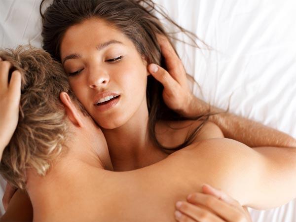 मर्दों में यौन शक्ति बढ़ाते है ये आसन, इन्हे अपनाकर शादीशुदा जीवन बनाएं बेहतर