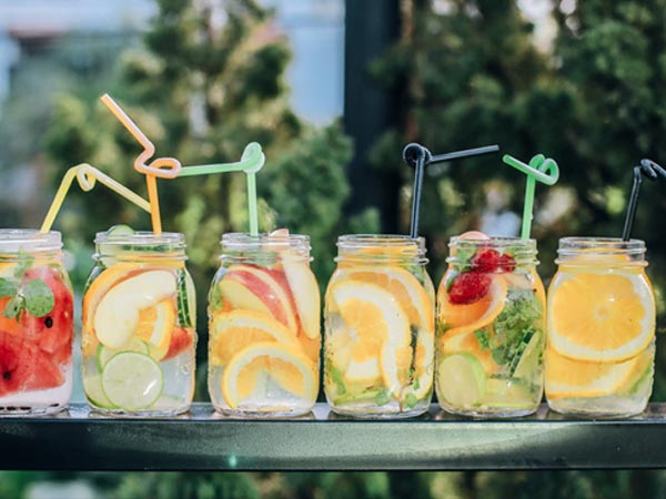 10 Amazing Homemade Weight Loss Detox Drinks