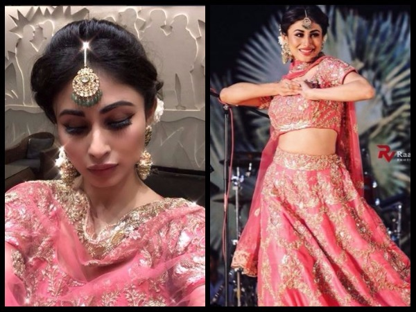 Mouni Roy's Amazing Look At Aashka Goradia's Wedding