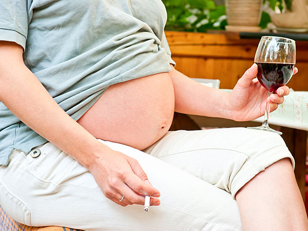 Is alcohol harmful in early pregnancy?
