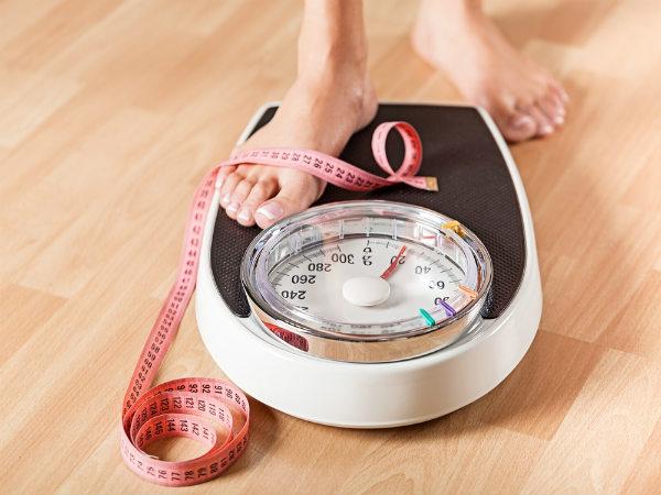 2. वजन घटाने में मदद करता है
