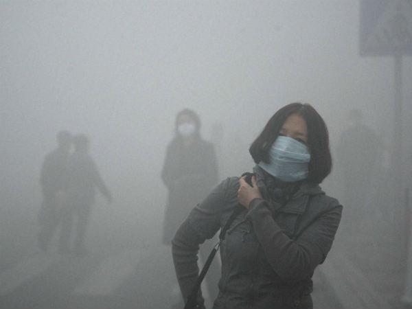 Air pollution में ज्यादा घूमने से भी हो सकता है अनियमित पीरियड