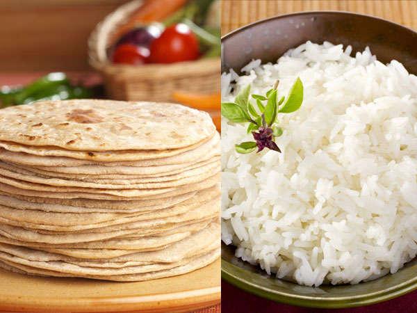 रोटी खाएं या चावल, दोंनो में क्या है हेल्दी