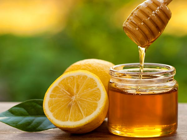 Lemon And Honey To Solve All Your Skin Problems