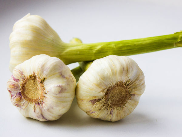 Amazing Benefits Of Garlic For Skin and Hair
