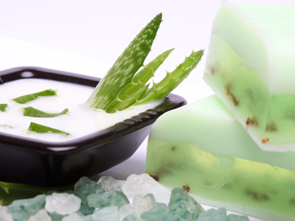 Aloe Vera Face Packs For Different Skin Types