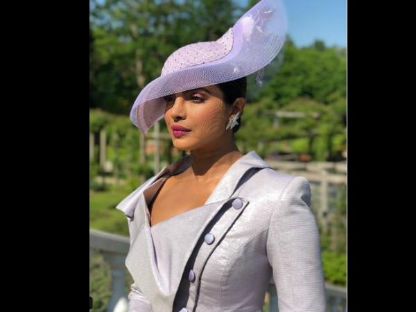 Royal Wedding:  रॉयल वेडिंग में दिखा प्रियंका का रॉयल और एलिगेंट लुक