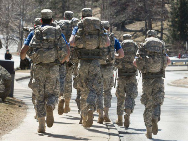 What Is Rucking: The Military-Inspired Cardio Workout Trend