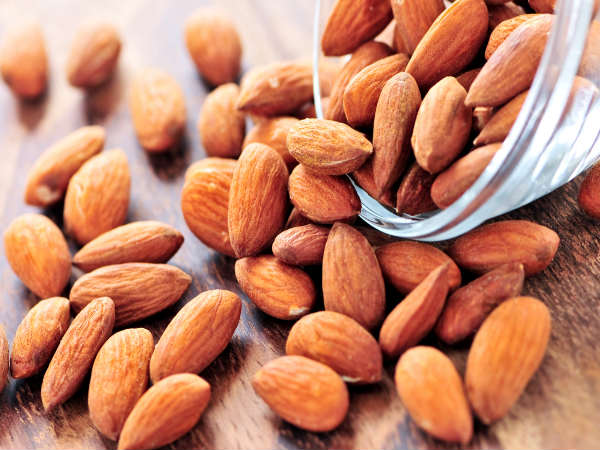 homemade almond Face packs for your Skin