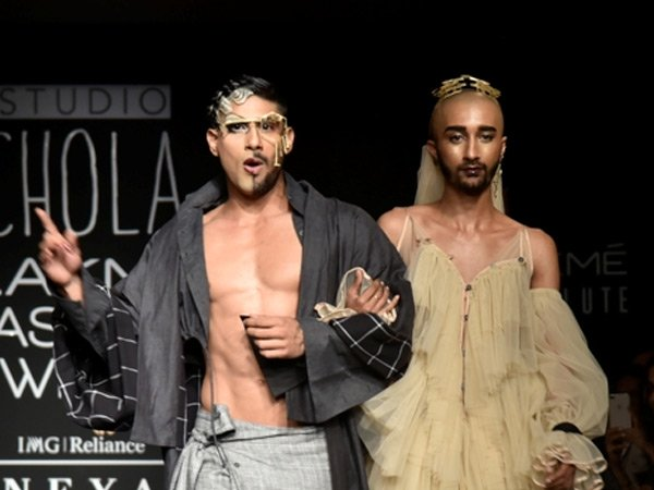 Lakme Fashion Week 2018: Prateik Babbars Drag Queen Look Is The Most Interesting