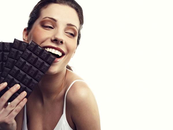 मुंह में जाते ही पिघल जाती है चॉकलेट, कहीं आप चॉकलेट के नाम पर जहर तो नहीं खा रहे हैं?