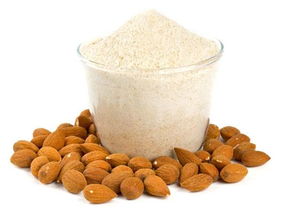 गेंहू और बाजरे जितना पौष्टिक होता है बादाम का आटा, वेटलॉस के साथ और भी फायदे