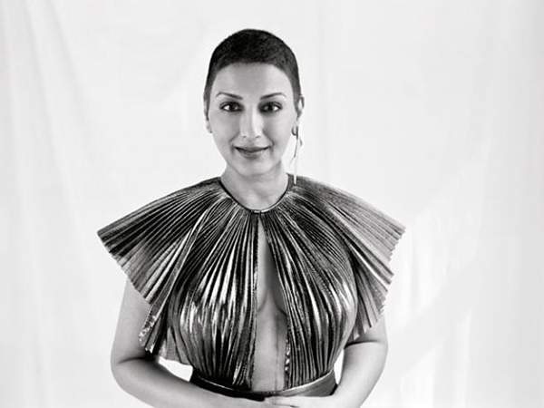 Sonali Bendre looks beautiful as she flaunts her surgery scar in her latest photoshoot