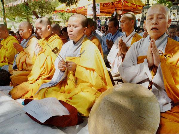 बुद्ध पूर्णिमा 2019: भारत में कुछ ख़ास महत्व रखती है बुद्ध जयंती