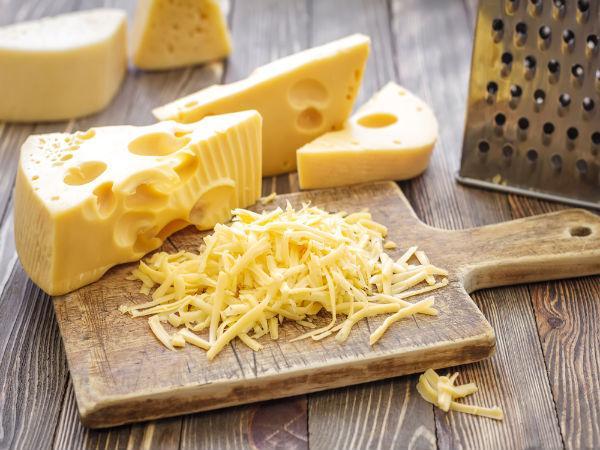 चीज़ खाने से नहीं होता है हड्डियों का रोग, रोजाना एक स्लाइस खाने से मिलता है खूब सारा प्रोटीन