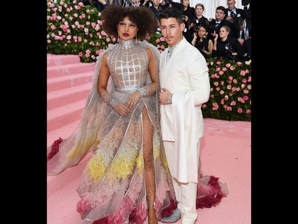 Priyanka Chopras Met Gala Dior gown took 1500 hours to create