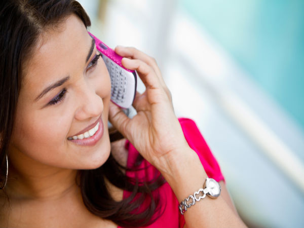 सावधान! मोबाइल के ज्यादा इस्तेमाल से सिर में निकल आएंगे सींग, रिसर्च में हुआ खुलासा