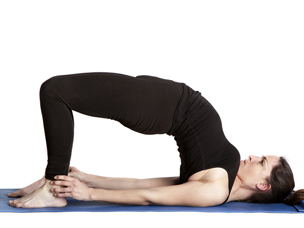 सेतुबंधासन (Bridge Pose)