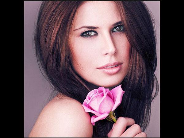 दुनियाभर में तीखे नैन नक्श के लिए जानी जाती है ईरानी महिलाएं, जानें खूबसूरती के राज