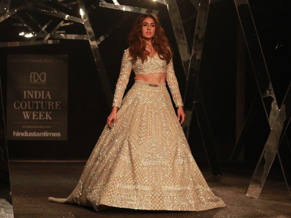 Sara Ali Khan Debuts on the Ramp at India Couture Week 2019
