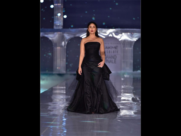Kareena Kapoor Khan Steals the Show in a Stunning Black Gown at Lakme Fashion Week Finale 2019