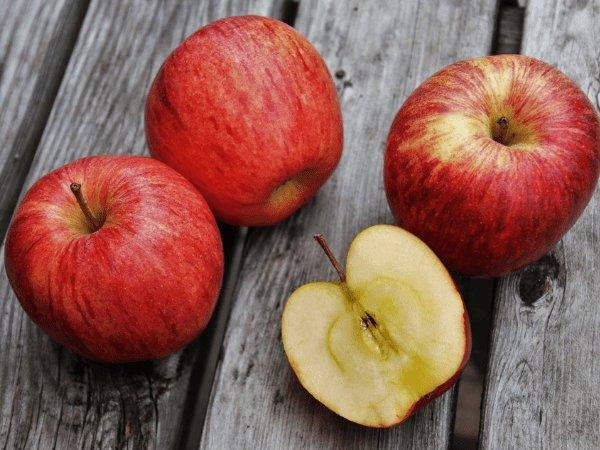 Image result for अधिक सेब खाने से होते है ये नुकसान