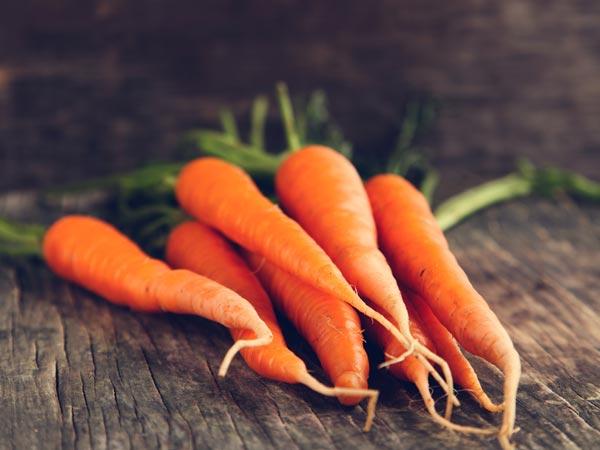 मंत्री हर्षवर्धन ने ट्वीट करके कहा, गाजर खाओ और प्रदूषण से खुद को बचाओ