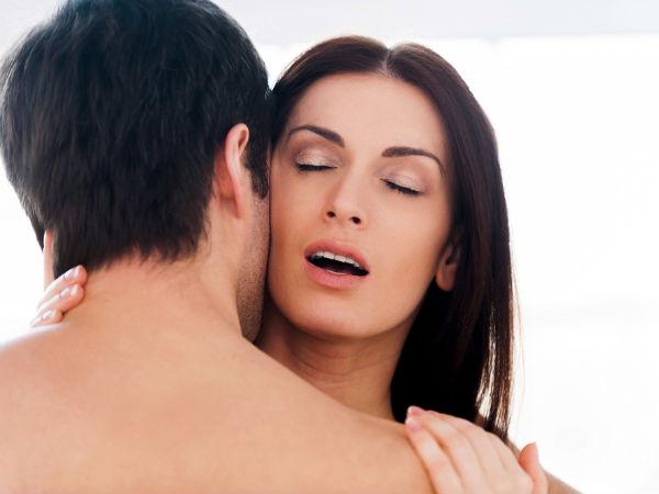 कम सेक्स करने वाली महिलाओं में जल्दी आ जाता है मेनोपॉज: स्टडी