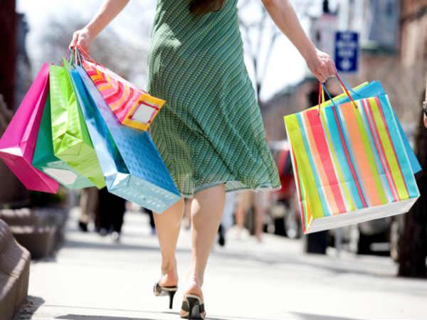 शॉपिंग का सहारा
