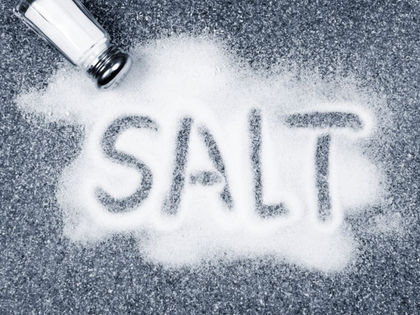 are you eating plastic in packet salt, know How do you test the purity of salt?