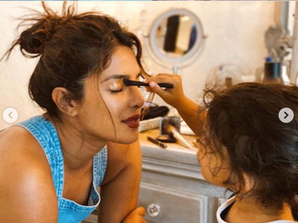 प्रियंका चोपड़ा की नई मेकअप आर्टिस्ट बनीं नन्ही भतीजी, इस तरह किया मेकअप- फोटो वायरल