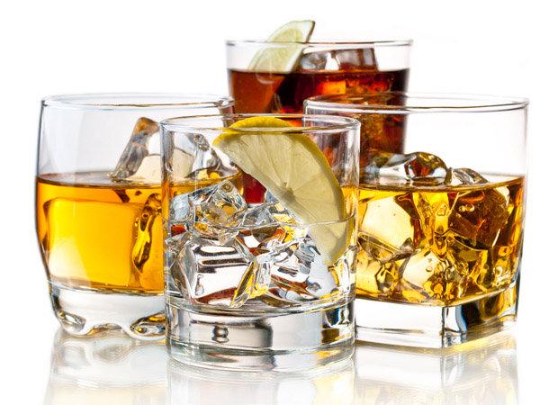 सेकेंड हैंड ड्रिकिंग, जानें दूसरों का शराब पीना कैसे हो सकता है आपके लिए बुरा
