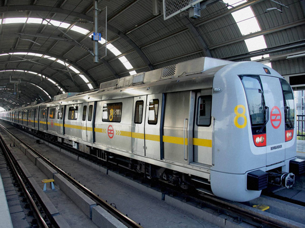 Covid-19 : Safty Guidelines for travelling in Metro