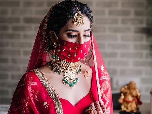 कोरोना के दौर में पड़ गई है शादी की डेट तो इन बातों को ध्यान में रखकर इस दिन को बनाएं स्पेशल