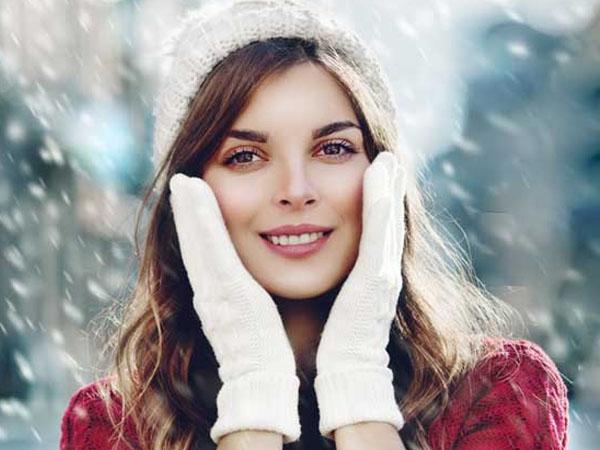 सर्दियों में चेहरे पर क्यों होते है एक्ने? बेदाग स्किन के लिए अपनाएं ये टिप्स