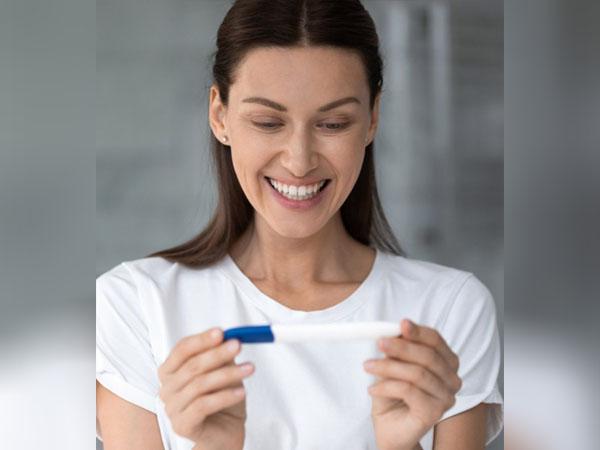 गर्भवती होने पर सिर्फ पीरियड्स ही मिस नहीं होते, नजर आते हैं यह संकेत भी